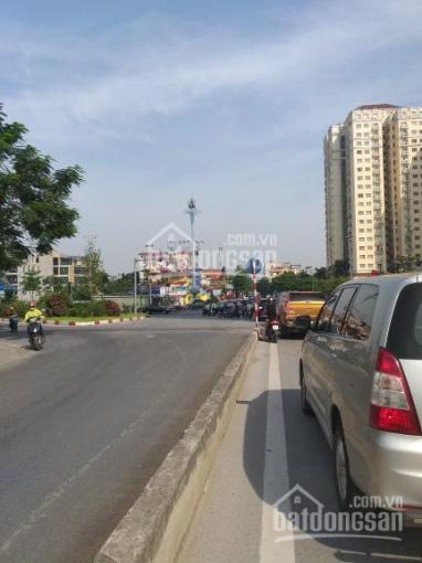 Tôi cần bán gấp nhà mặt ngõ 100 phố Võ Chí Công, Nghĩa Đô, Cầu Giấy DT 55m2 x 5 tầng cực đẹp 11 tỷ