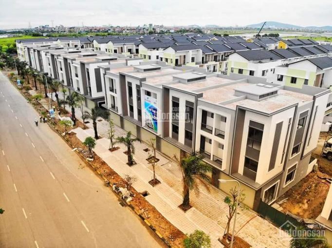 Bán nhà 3 tầng, mới xây, ngõ rộng 12m, LH Mr Huy 0353866398