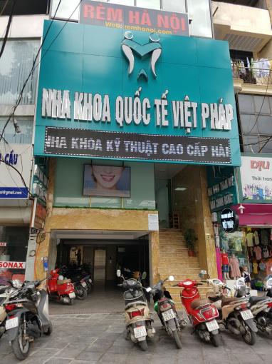 Chính chủ bán nhà 9 tầng địa chỉ 69 + 71 mặt phố Trần Đăng Ninh, diện tích 90m2. LH 0913588757