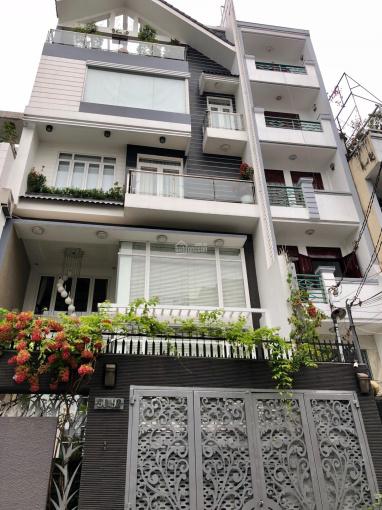 Bán nhà biệt thự 101 Nguyễn Chí Thanh, P. 9, Q. 5, DT: 8x20m, 3 lầu, giá bán 28 tỷ TL