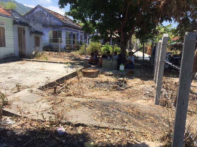 Cần bán gấp nhà đất giá rẻ ở Vạn Ninh, Khánh Hòa. LH: 0988959555