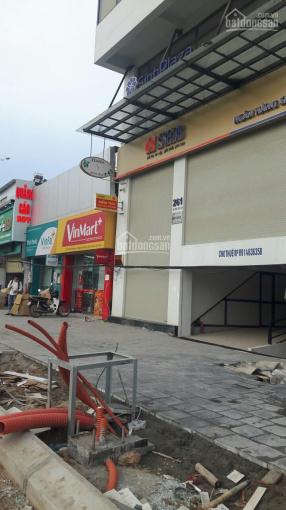 Bán đất đường Phạm Văn Đồng DT 45m2, ô tô vào nhà, giá 70 triệu/m2. LH 0972264985