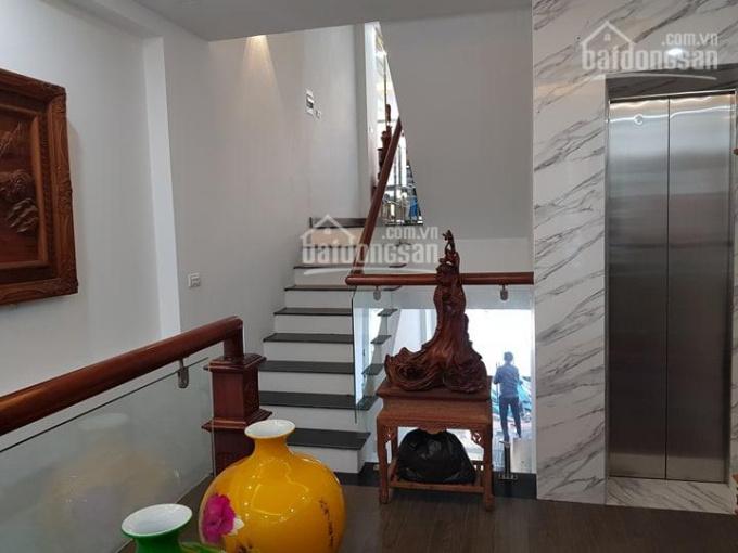 Bán nhà mặt phố Thái Hà 10.50 tỷ 53m2, MT 4.5m, ô tô vào nhà, thang máy, văn phòng
