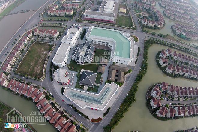 Bán nhanh lô Hoa Lan 1, 293m2, 19 tỷ, thửa đất vuông, sông thoáng, vị trí trung tâm Vinhomes