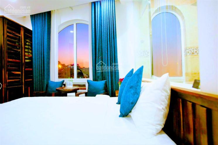 Khách sạn 351m2. 30 phòng, mặt tiền Tô Hiến Thành, cực đẹp, cách chợ 1,3km