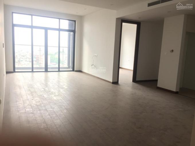 Cho thuê căn hộ 2, 3PN, đồ cơ bản, giá 18 tr/tháng tại Sun Ancora số 3 Lương Yên. LH: 0936.530.388