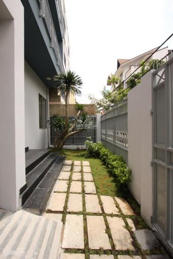 Bán nhà đất giá rẻ đường Thảo Điền khu Báo Chí, 110.5m2 - 1 trệt + 2 lầu, giá tốt. LH: 0907661916