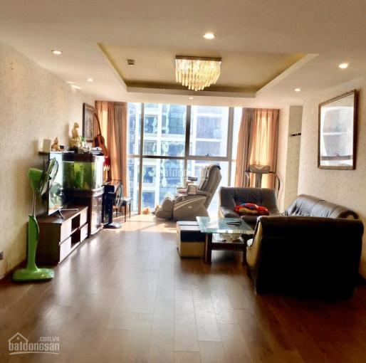 Chính chủ bán căn hộ A608 Thăng Long Number 1, Dt 161.86 m2, giá 41tr/m2. LH: 0931234999