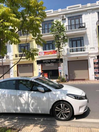 Bán nhà 3 tầng mặt đường Bùi thị Xuân KĐT Petro Thăng Long, Thái Bình. LH: 0945.215.256