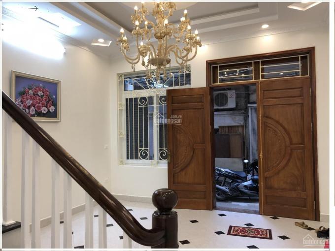 Bán nhà ngõ 213 Trần Đại Nghĩa sát KTQD 40m2x5T lô góc, 6 PN, ngõ thông vừa ở vừa KD giá 4.1 tỷ