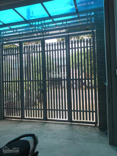 Cho thuê nhà nguyên căn mặt tiền đường Dương Thị Giang, 5x20m 1 trệt 1 lửng
