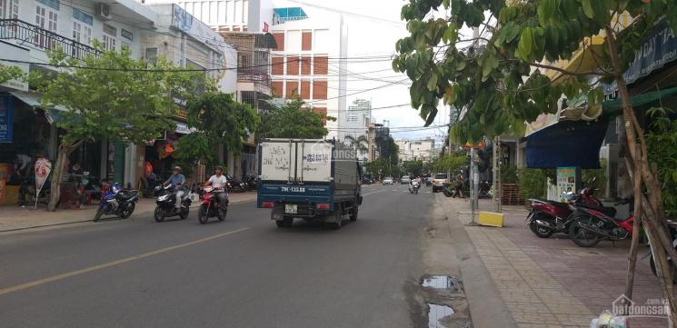 Cho thuê căn shophouse CT3 VCN Phước Hải mặt tiền Cao Bá Quát - Cầu Lùng để kinh doanh 135m2