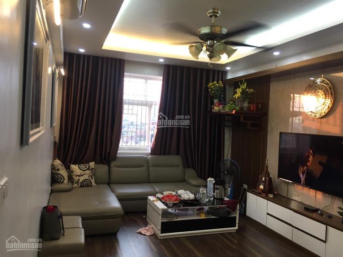 Cho thuê căn hộ tòa nhà X1 ngõ 140 Nguyễn Xiển