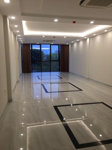 Cho thuê mặt bằng tòa nhà 9 tầng tại phố Nguyễn Ngọc Vũ, quận Cầu Giấy. (ưu tiên cho thuê cả tòa)