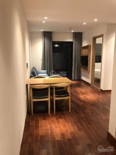 Nhà tôi cần cho thuê căn hộ 97m2, giá 12 tr/tháng tại Nguyễn Tuân. SĐT: 0982 951 349