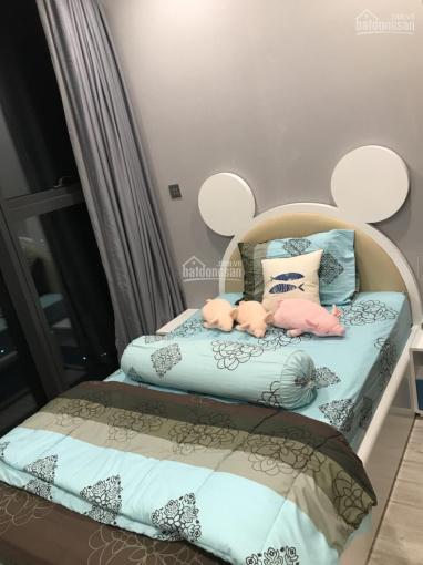 Cho thuê căn hộ 2pn Vinhomes Golden River Bason diện tích 74m2 giá tốt liên hệ 0909770115 ( Hiếu )
