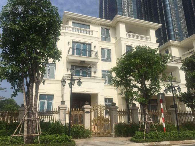 Bán gấp căn biệt thự Vinhomes Ba Son - Tôn Đức Thắng, Quận 1. LH: 0908 067 118 ảnh 0