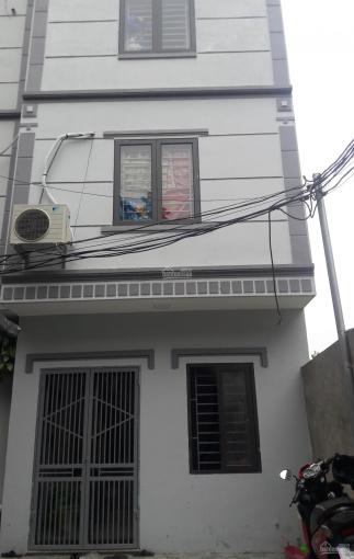 Bán nhà xây mới xóm 1 Đông Dư Thượng gần cầu Thanh Trì giáp Cự Khối, Long Biên, ngõ 4m ô tô vào nhà