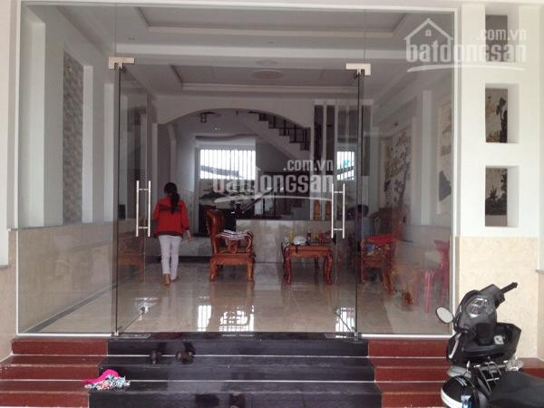 Cho thuê nhà mặt phố Nguyễn Phúc Lai, DT: 80m2 x 4T, MT: 5m, giá chỉ: 30tr/th, LH: 0339529298