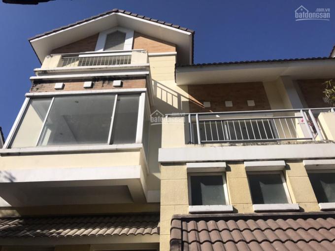 Chính chủ cần cho thuê gấp nhà đẹp đường 3/2, P.12, Q.10, DT: 5x20m, 3 lầu, giá: 24 triệu/th