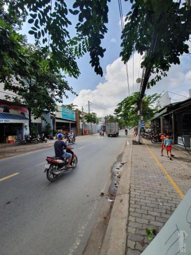 Đất đường Nguyễn Văn Tạo giá 2 tỷ, sổ hồng riêng