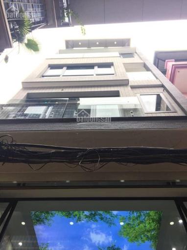 Chính chủ cần bán nhà gấp mặt ngõ thông 6m Hoàng Văn Thái, DT 70m2 x 6T đẹp, 12,5 tỷ