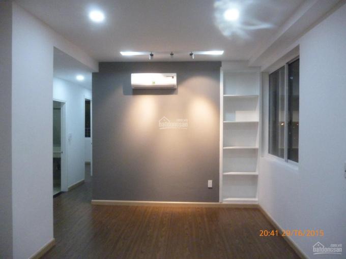 Bán căn hộ 2PN rất đẹp tại ngã tư MK, Phường Phước Long A, Q9