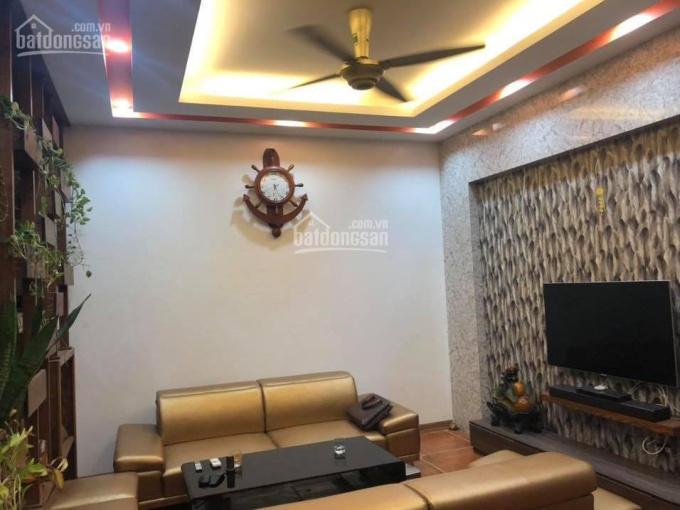 Chính chủ bán nhà Nguyễn Văn Cừ, Long Biên, 96m2 x 4T giá 5.4 tỷ, gara ô tô