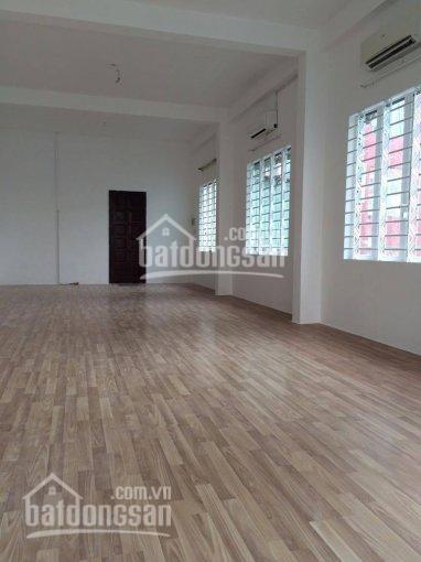Cho thuê tòa nhà văn phòng mặt tiền đường Nguyễn Thái Bình, P. 12, Q. Tân Bình