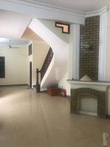Cho thuê nhà riêng ở Trần Quý Cáp, full đồ