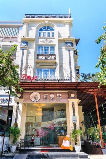 Bán khách sạn Hưng Gia 8x18,5m Phú Mỹ Hưng, MT đường Cao Triều Phát, P. Tân Phong, Quận 7