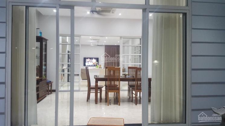 (Chính chủ) cần bán biệt thự để định cư nước ngoài, mặt tiền đường Lê Văn Lương: 0934 868 717