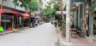 Bán nhà PL ngõ phố Hoàng Quốc Việt, Nguyễn Văn Huyên. DT 55m2, MT 7m, ô tô vào nhà, chỉ 6.5 tỷ