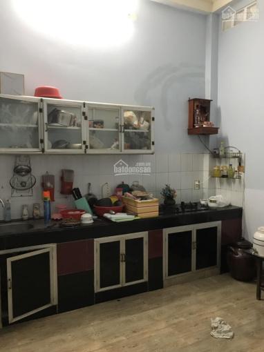 Cho thuê nguyên căn đường Phan Huy Ích dùng để ở hoặc văn phòng. LH 0903709326