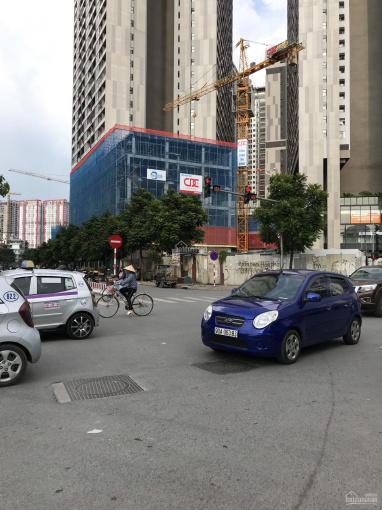 Chính chủ cần bán nhà mặt phố Nguyễn Hoàng - 6 tầng nổi 1 hầm, nhà mới 100%