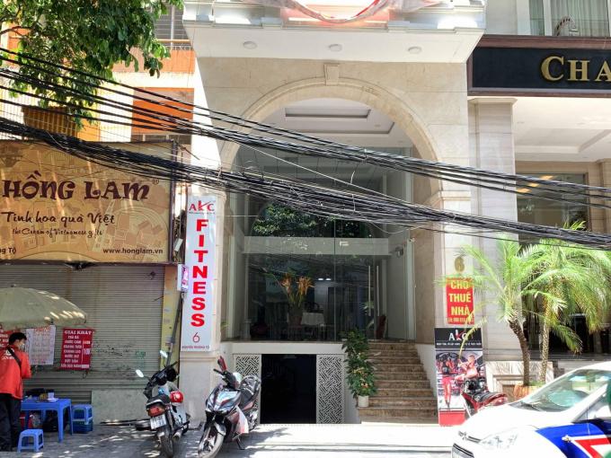 Chính chủ cho thuê nhà mặt phố tại số 6 Nguyễn Trường Tộ, Ba Đình, Hà Nội