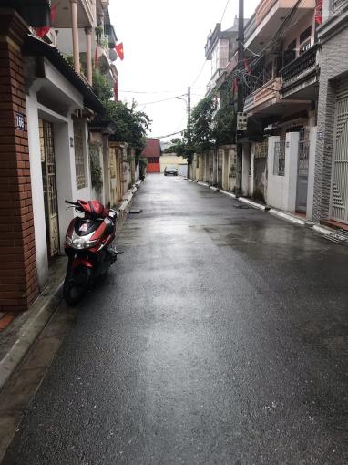 2 nhà 70m2 và 63m2 cạnh nhau tại Sài Đồng, Long Biên, MT 4m ô tô 7 chỗ vào nhà. Chủ cần tiền gấp