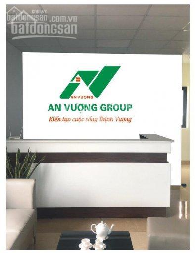 Bán nhà mặt phố thị trấn Văn Giang DT 65m2 đoạn gần đường Thanh Niên, kinh doanh buôn bán sầm uất