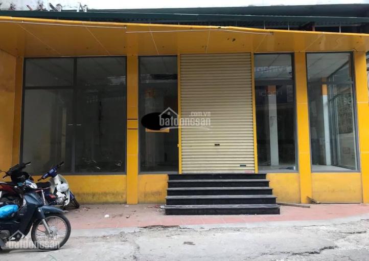 Cho thuê MB kinh doanh siêu thị, cửa hàng DT 140m2 tại phố Định Công Thượng, sầm uất người đi lại