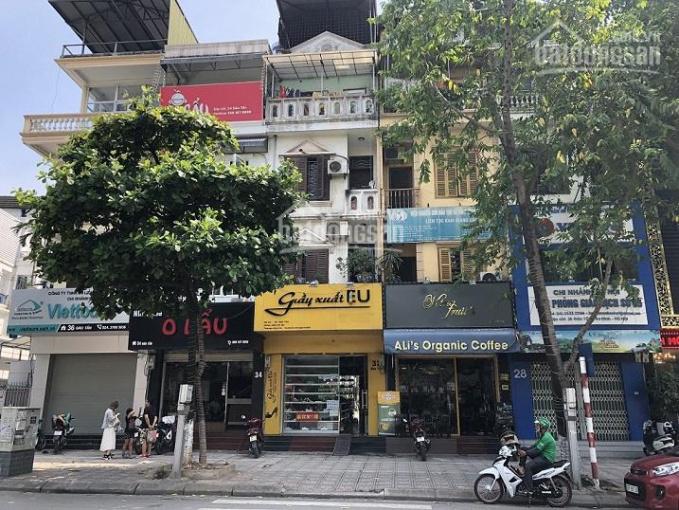 Bán nhà mặt phố 32 Đào Tấn, 52.7m2, SĐCC kinh doanh tốt (miễn trung gian)