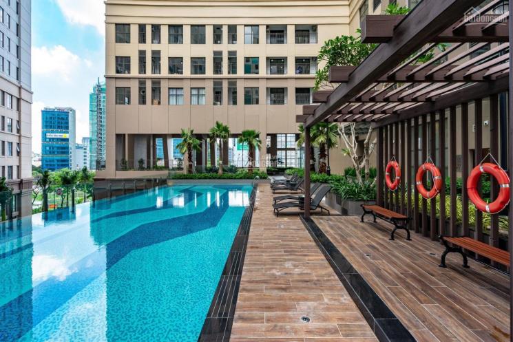 Cho thuê căn hộ Saigon Royal liền kề Quận 1, giá rẻ. LH: 0917052772. 2PN, 20 triệu/th