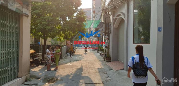 Bán lô đất 2 mặt thoáng 40m Cửu Việt 2, Trâu Quỳ, Gia Lâm, có nhà cấp 4 cho thuê. LH: 0911882281