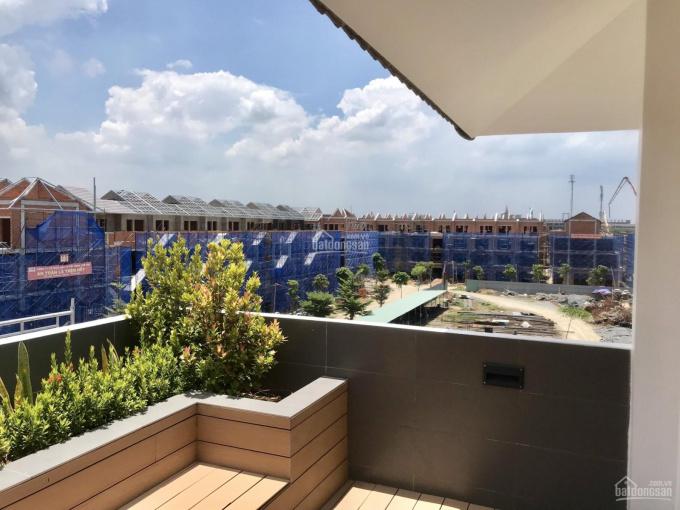 Nhà phố xây sẵn hoàn thiện 100% trung tâm thành phố Bà Rịa. LH 0938 632 078