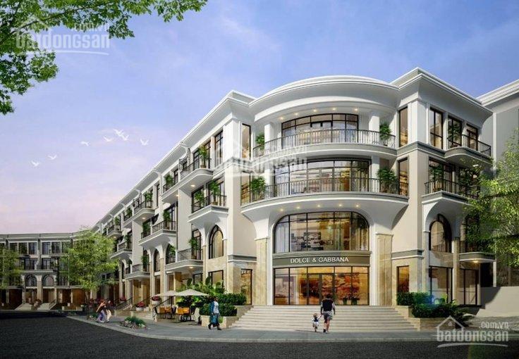 Bán nhà hoàn thiện nội thất cao cấp, DT 5x21.5m, hầm trệt 2 lầu ST, giá cực tốt 11.5 tỷ cực tốt