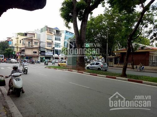 Siêu hiếm nhà mặt phố Lê Hồng Phong, Ba Đình, 52m2 x 4T, 15.9 tỷ