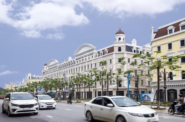 Chưa tới 11 tỷ, có ngay 120m2 khối đế và 4 tầng khách sạn tại trung tâm Bãi Cháy. LH: 0384426416