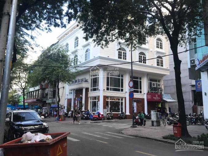 Cho thuê nhà góc 2 mặt tiền đường Nguyễn Tất Thành, phường 12, quận 4