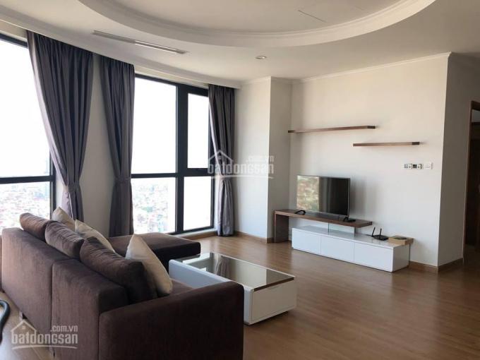 Bán căn hộ chung cư Royal City, căn góc tòa R6 tầng 21, 143m2, 3PN, sổ đỏ CC. LHTT: 0936372261