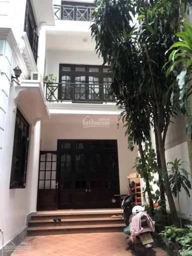 Bán nhà nằm vị trí đẹp nhất khu Đặng Thai Mai, diện tích 260m2, mặt tiền 7m