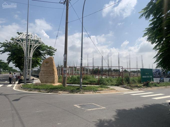 Duy nhất 1 nền biệt thự 400m2, giá chỉ 24tr/m2, tại khu đô thị Đông Tăng Long, Q9, đã có sổ riêng